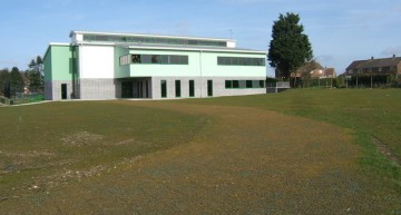 RECYFIX® GREEN grass reinforcement modules installed at Banovallum School, Horncastle, Lincolnshire.